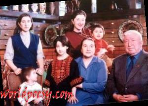 его семья